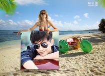 夏日沙滩美女照片举牌